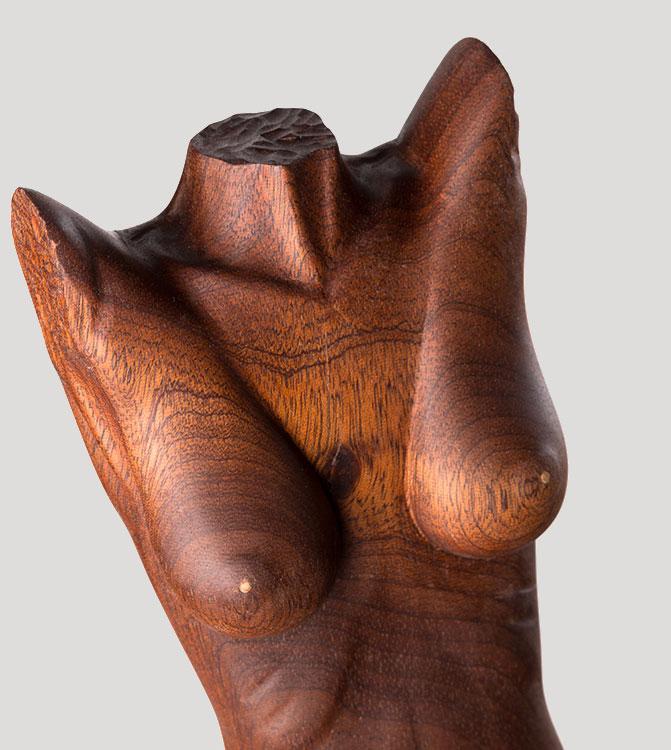 Opera artistica busto donna in legno